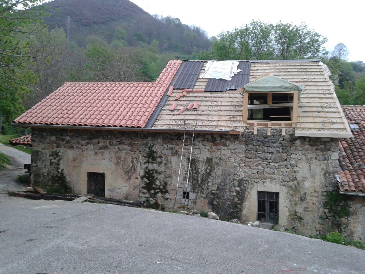 Tejado rehabilitaci n de tejado en casa de piedra - Rehabilitacion de casas rurales ...
